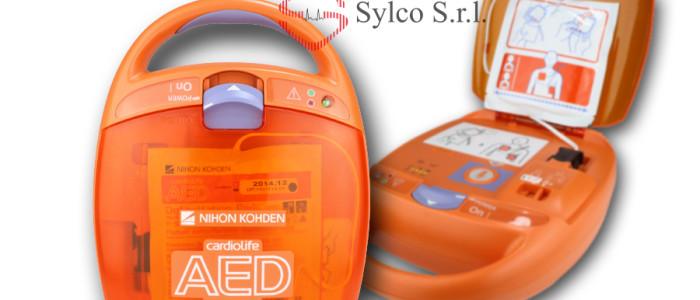 defibrillatore semiautomatico Nihon Kohden AED 2100 K distribuito da Sylco